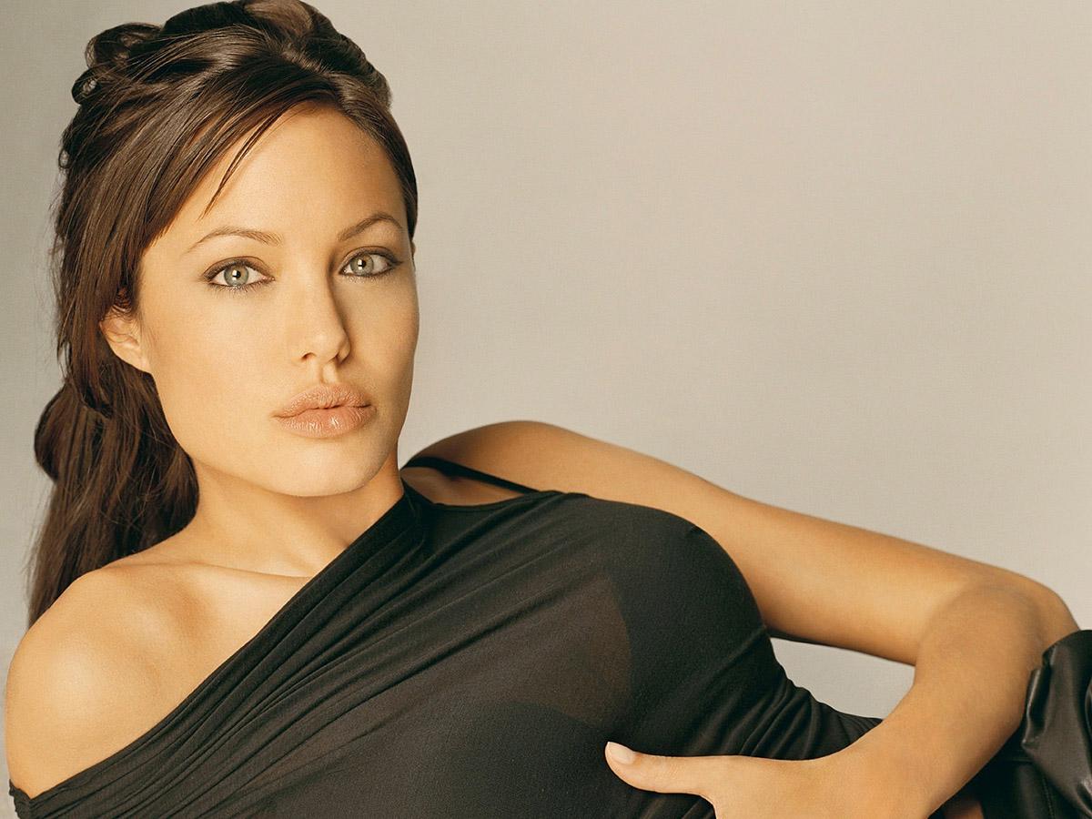 Самые красивые девушки мира по версии интернета 6 фотография