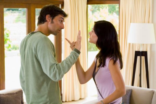 женщина бросает мужчину причины