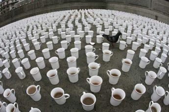 алиса безумное чаепитие