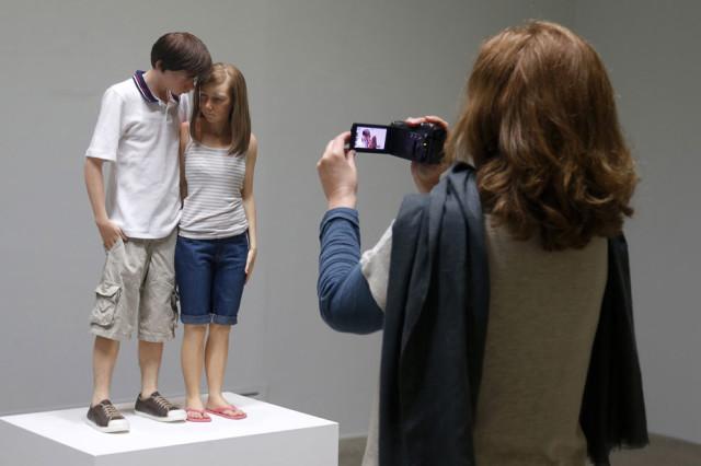 гиперреалистичные скульптуры рона мьюека