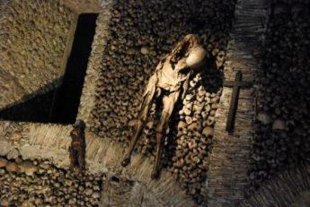 Самые жуткие места планеты,Часовня костей