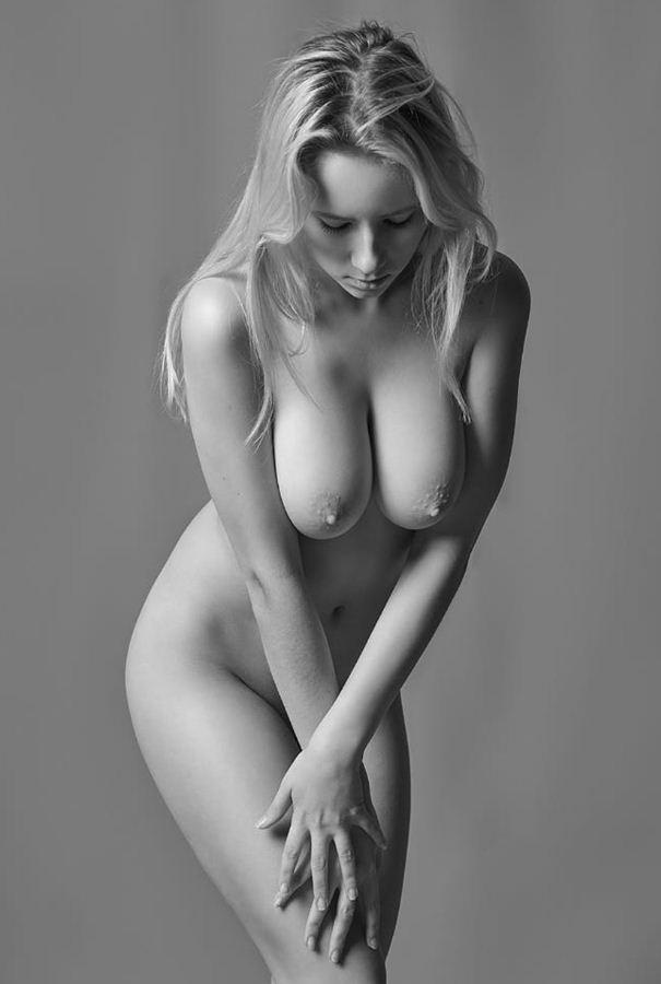 черно белые фото девушек (11)