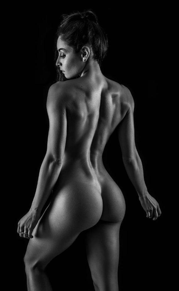 черно белые фото девушек (21)