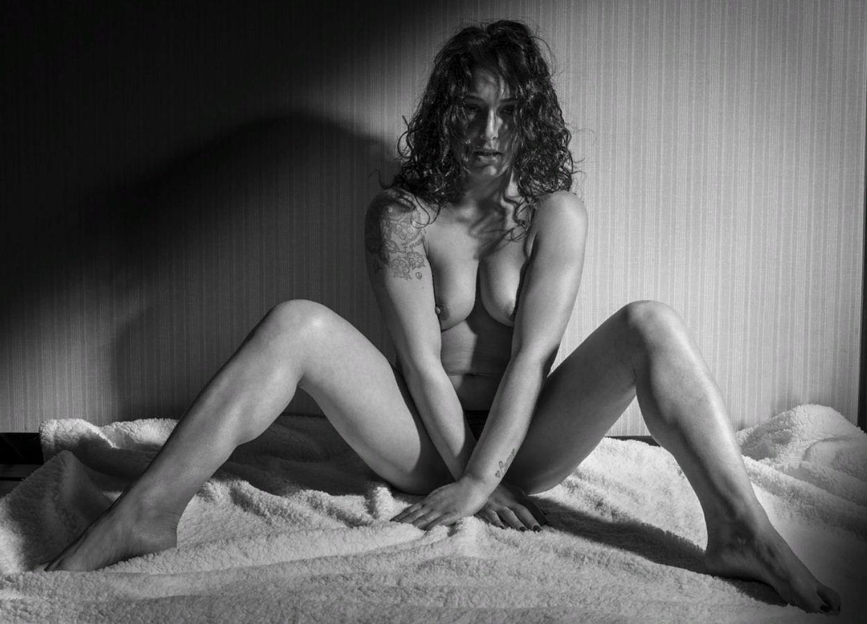 черно белые фото девушек (22)