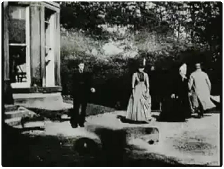Сцены в саду Раундхэй