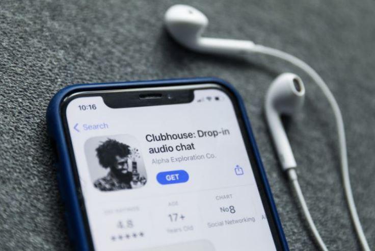 Clubhouse - социальная сеть в которой только говорят